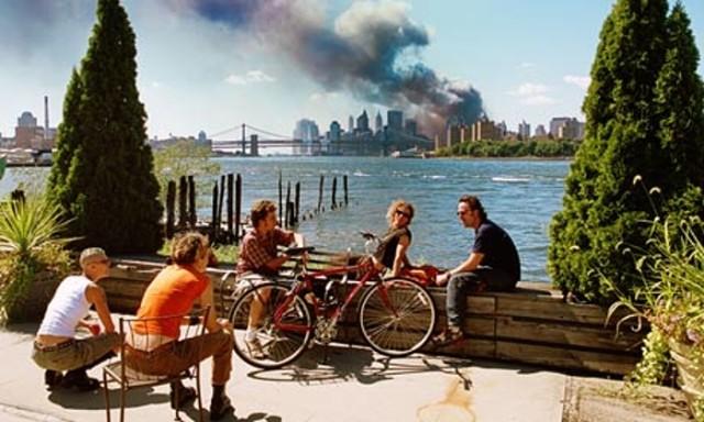 Kuva: Thomas Hoepker. USA. Brooklyn, New York. September 11, 2001.
